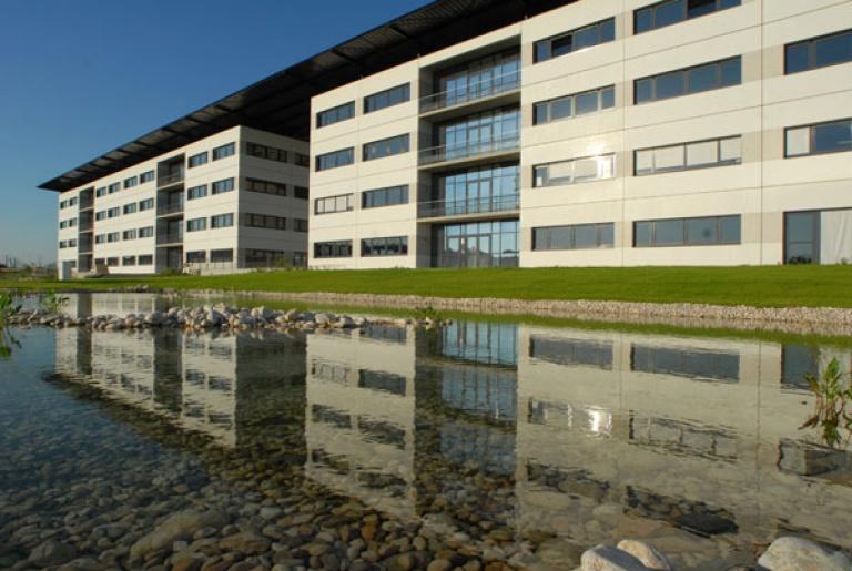 La soluzione alle complesse esigenze di climatizzazione dei grandi edifici